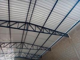 Estrutura de ferro para telhado