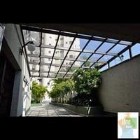Cobertura de vidro para corredor